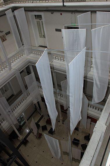 LUCIA TORRES - Instalación «Migrante» en María Elena Kavetz Gallery, Córdoba