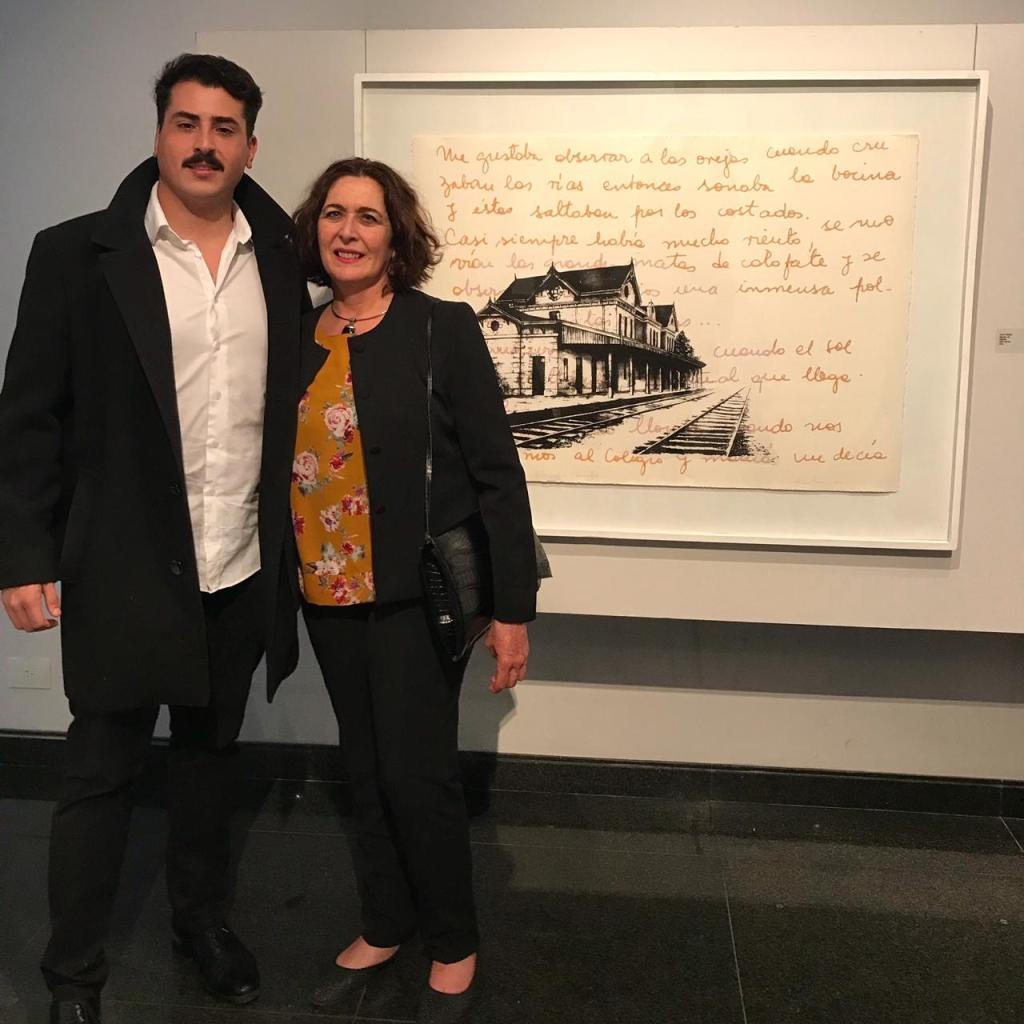 LUCIA TORRES en «Otras tramas entre la ruta de tus pasos NATURALEZA Y URBANISMO» del «GRUPO 5» Erman-Leiva-Torres-Blasbalg, en el Museo Banco Provincia de Buenos Aires