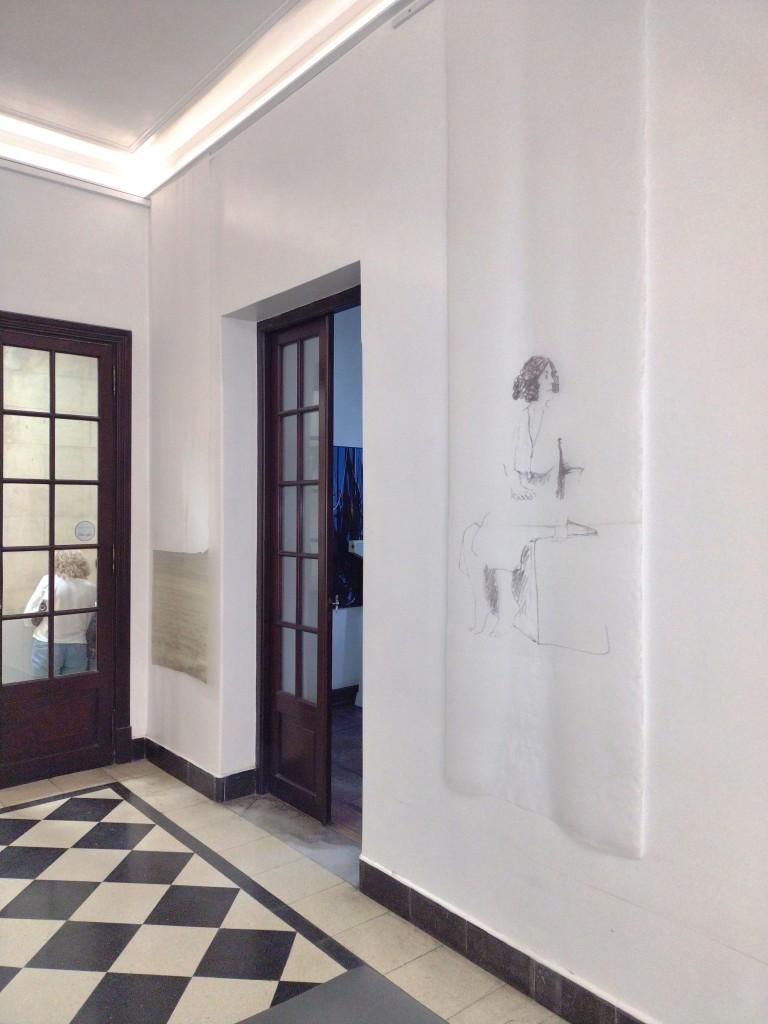 LUCIA TORRES - Instalación «MIGRANTE» en María Elena Kravetz Gallery, Córdoba