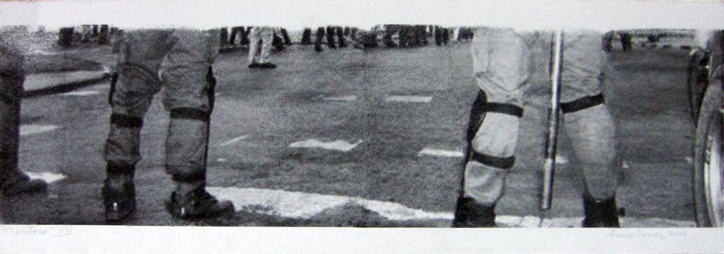 LUCIA TORRES con «Territorio XIV» Transfer de 19x56cm - Año 2007 en RE[conocer]NOS «EXPOSICIÓN INTERNACIONAL DEL GRÁFICA CONTEMPORÁNEA - DIÁLOGOS E INTERPRETACIONES» en Museo de Arte de Caldas, Colombia