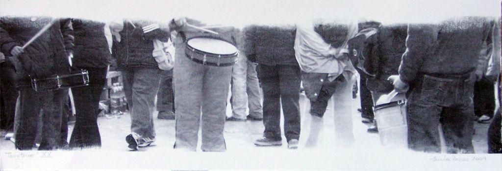 LUCIA TORRES con «Territorio XX» Transfer de 19x56cm - Año 2010 en RE[conocer]NOS «EXPOSICIÓN INTERNACIONAL DEL GRÁFICA CONTEMPORÁNEA - DIÁLOGOS E INTERPRETACIONES» en Museo de Arte de Caldas, Colombia